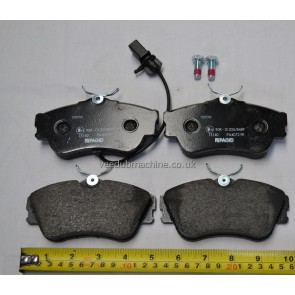 BRAKE PADS FRONT FOR VW T4 inc WEAR SENSOR FOR 282MM SOLID DISCS