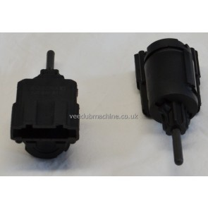 BRAKE LIGHT SWITCH 4 PIN LUPO A2 A8 CAYENE LEON TOLEDO OCTAVIA