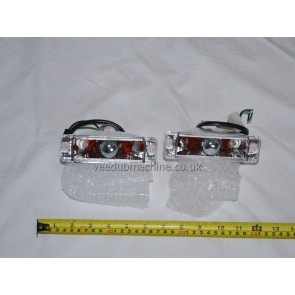 PAIR FRONT CRYSTAL CLEAR INDICATORS FOR SMALL BUMPER MODELS